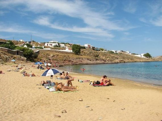 Besuchen Sie Den Wundersch 246 Nen Strand Und Das Dorf Panormos